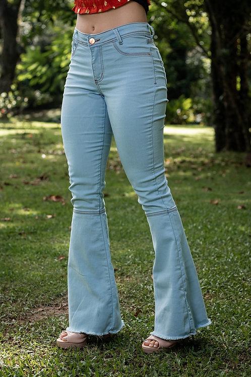 Calça Jeans Modelo Flare - 12534