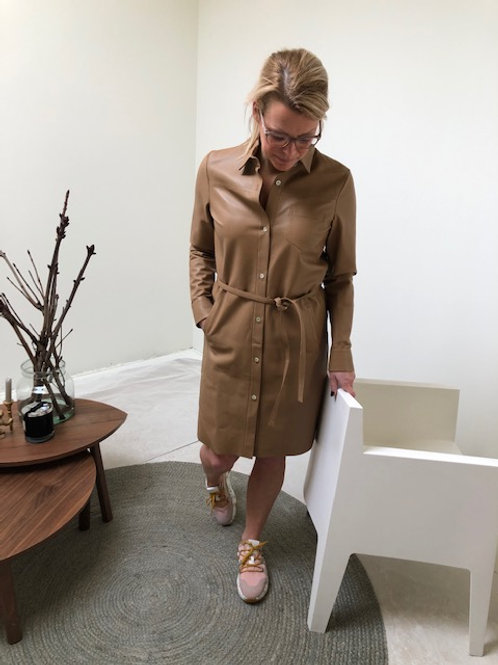Pengha mid sand leather dress suite 22
