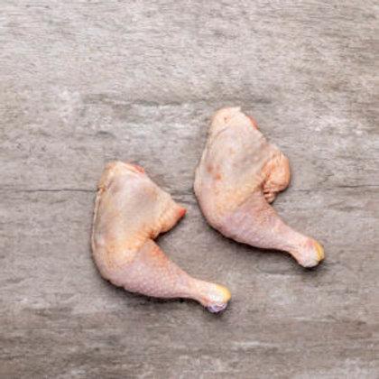 Bio-Hühnerkeulen auf Tasse ca. 500 g