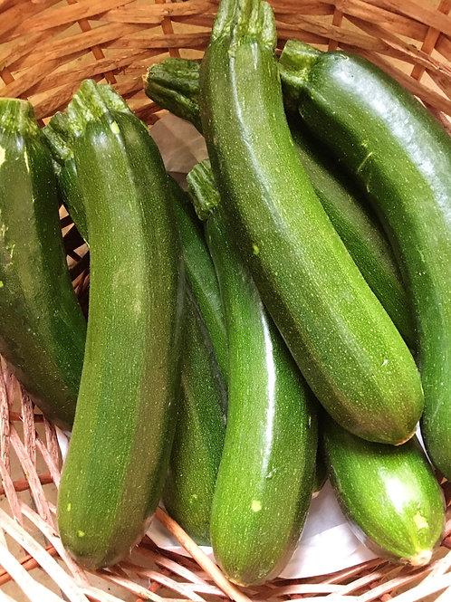Zucchini grün Stk.