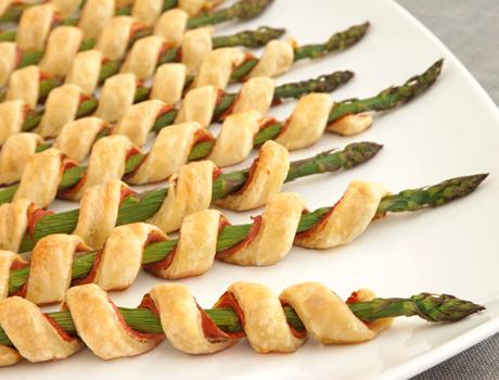Appetizer: Asparagus spirals (8)