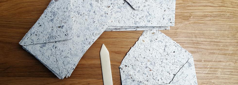 Enveloppes en papier de bois