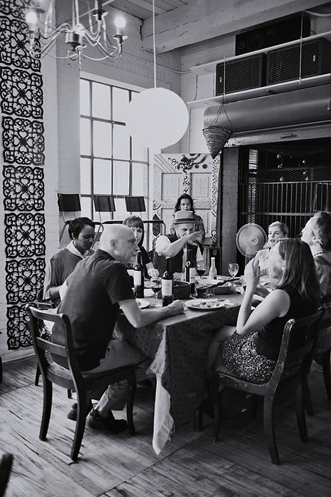 Dinner+conversation.jpg