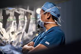 Robotic or Laparoscopic Bariatric Surgery?