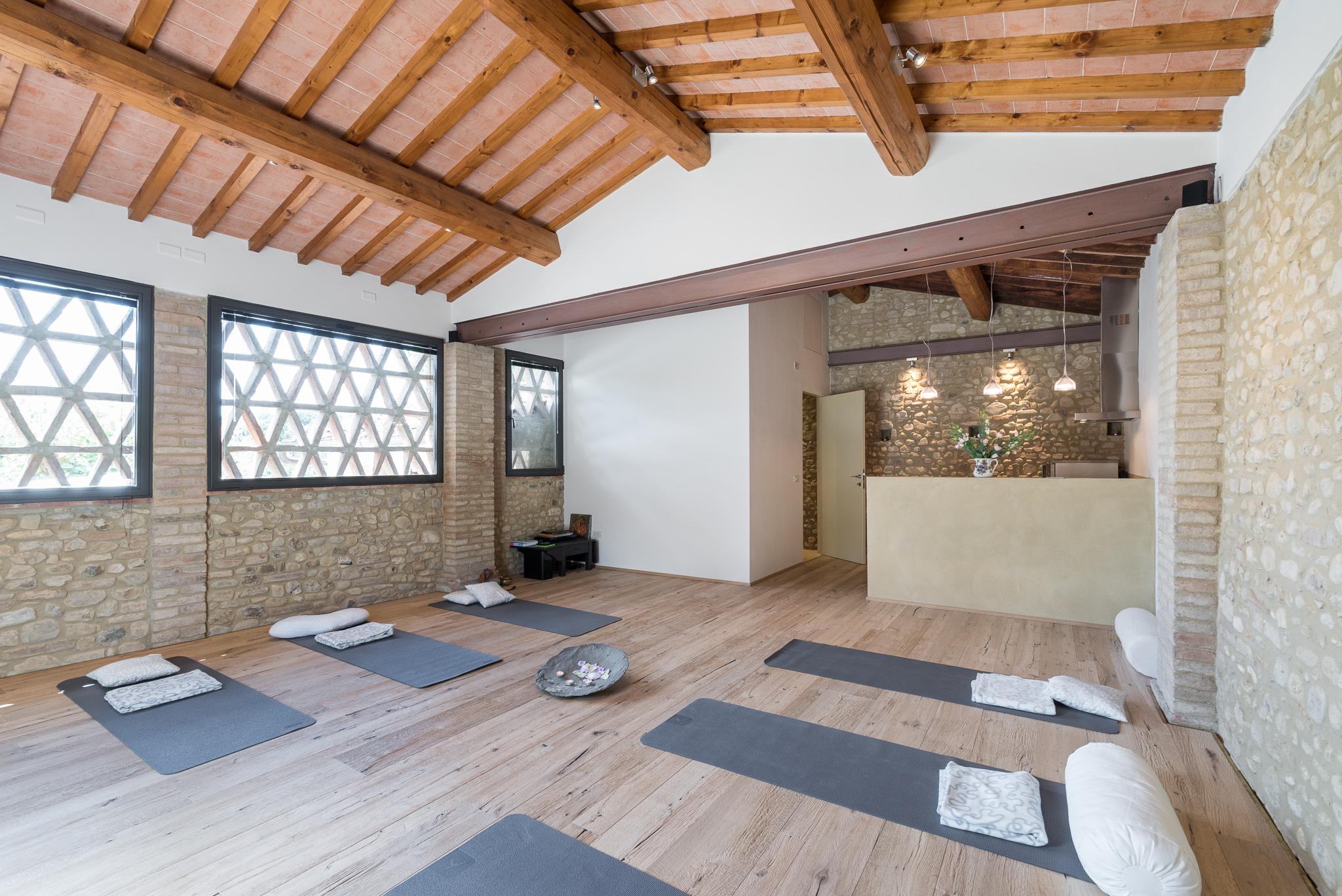 Fienile Yoga Shala