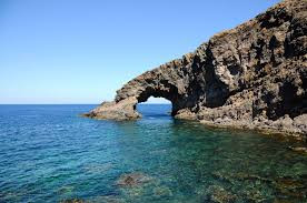 Ultima chiamata per il Ritiro Yoga a Pantelleria dal 17 al 24 Giugno