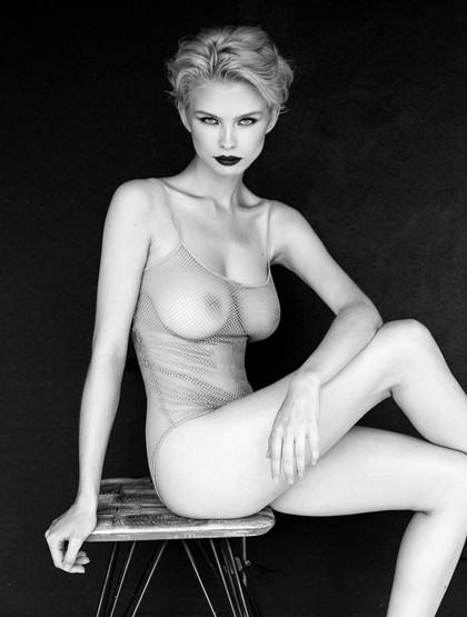 Julia-Logacheva-by-Victoria-Won-2.jpg