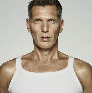 Erwin Olaf I-Am-2009.jpg