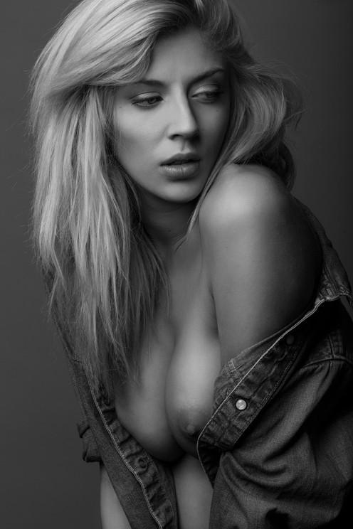 Alexia_07_BD_by_Olivier_Merzoug_Photogra