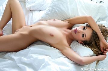 katia-martin-topless.jpg