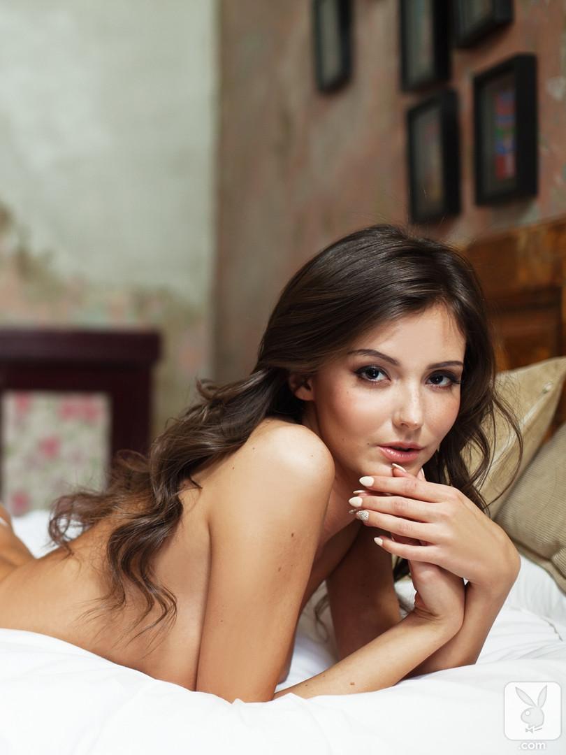 sunshine-nude-bedroom-playboy-15.jpg