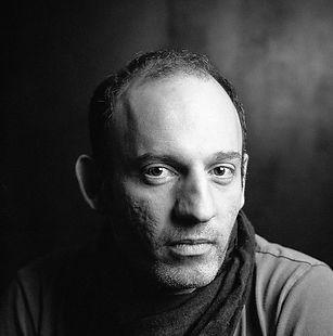 Portrait d'Andrew Lucas
