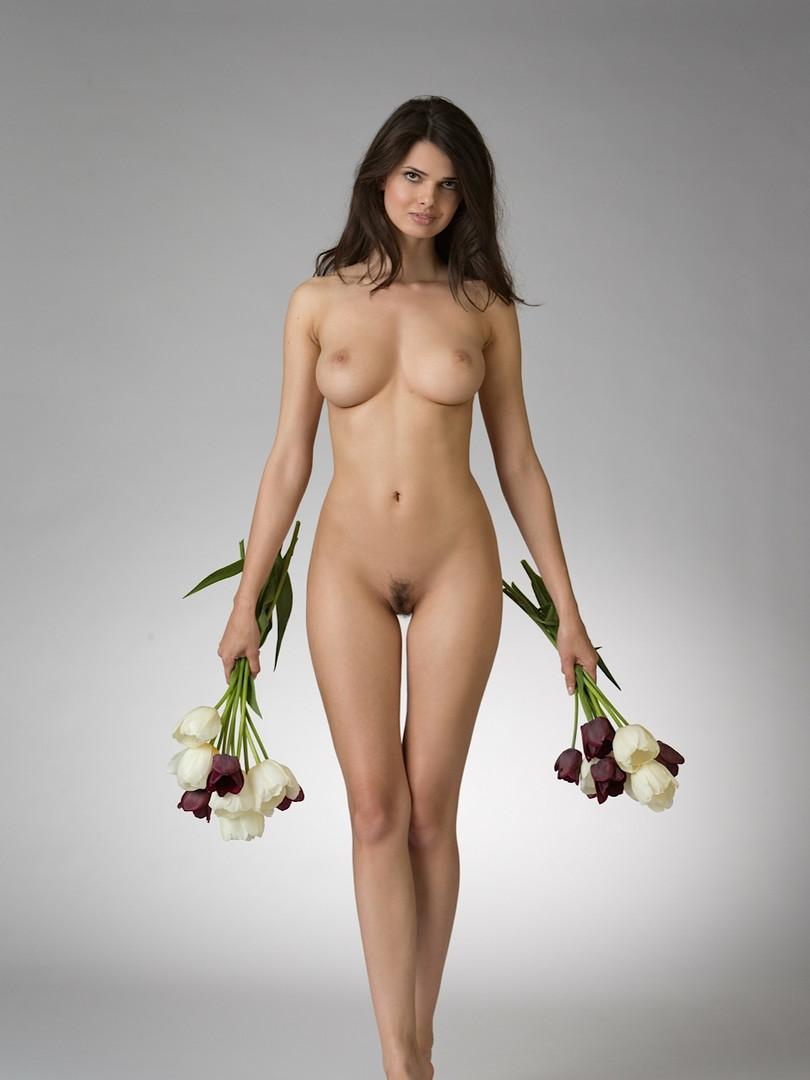 girl-Jasmine A-front-Greece-4.jpg