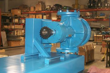Viking QS pump mounted sideways to match pipe