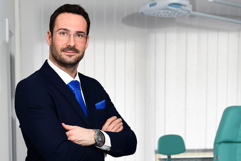 estetski kirurg Matija Miletić