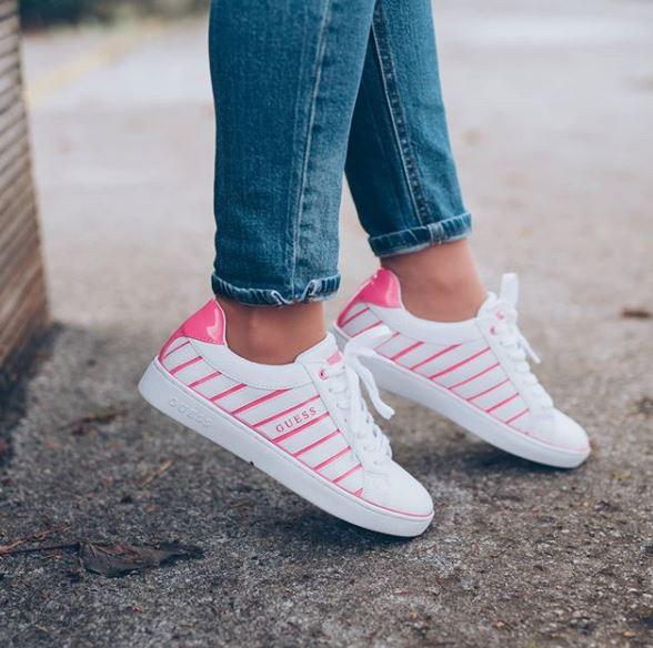 pink tenisice