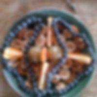Proceso de 11 días...Collar de perlas de fruta, una forma lúdica, sagrada y consciente ;)))