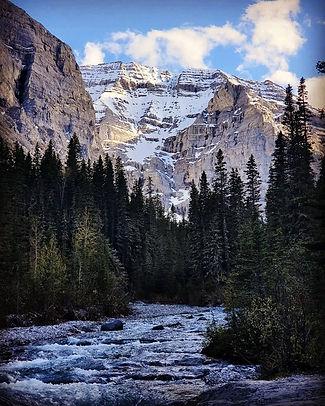 Mountains%202_edited.jpg