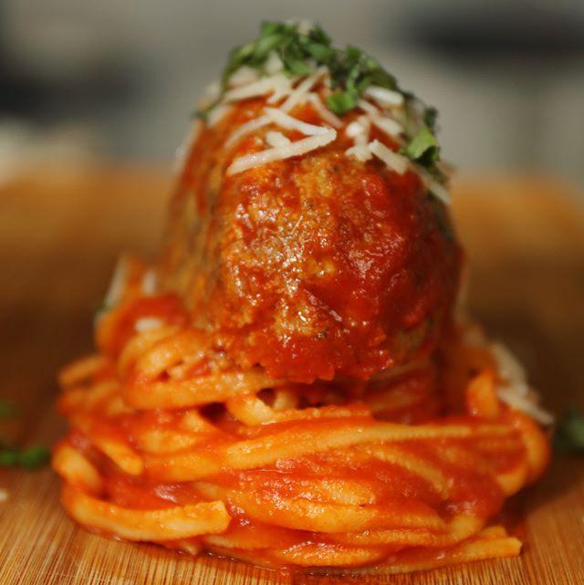 Pomodoro w/ Meatball