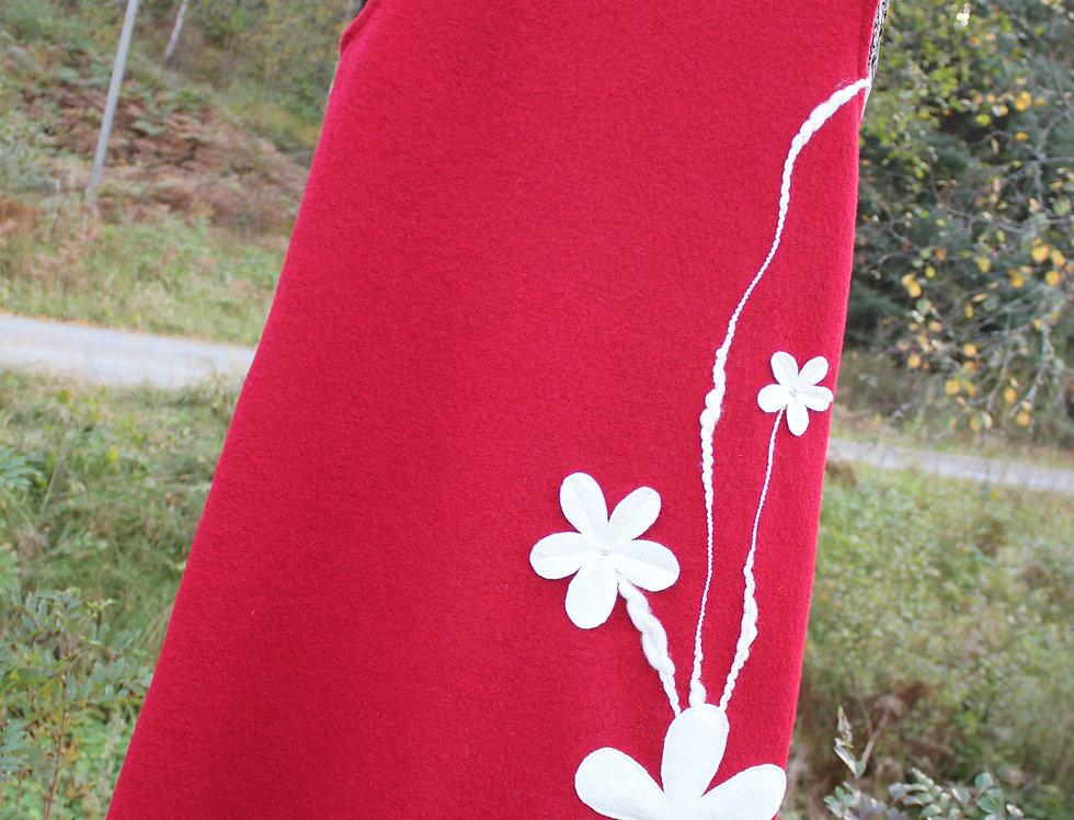 Julekjole med Blomstereng. Str. S og XL