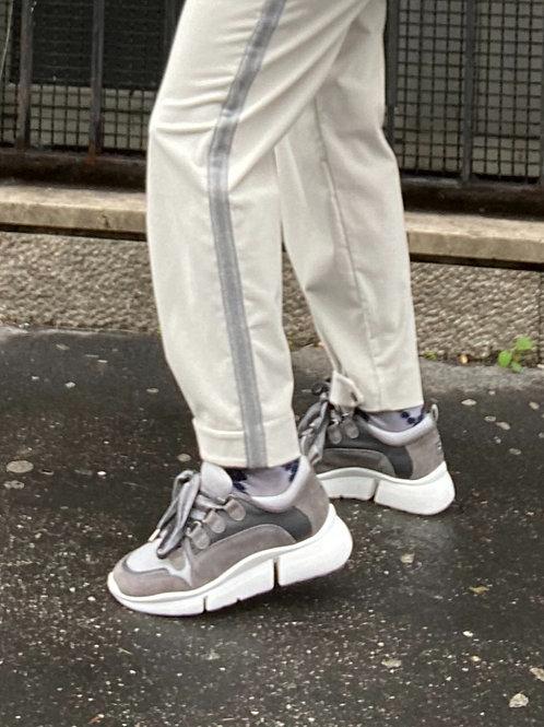 Sneaker in bi-materiale camoscio, lana e tessuto tecnico