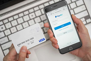 Shopping-with-PayPal-using-credit-card-1