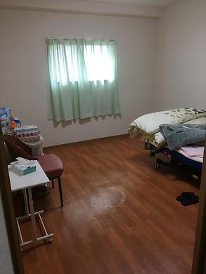 ピアホーム鶴見・居室2.JPG