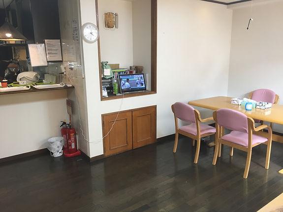 ピアホーム鶴見・3階食堂.JPG