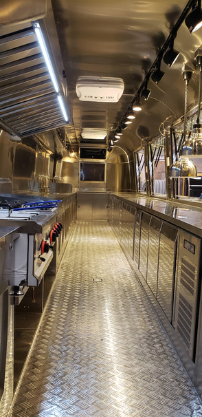 9-meter trailer internal.jpg