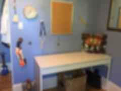 kid's room/desk - after