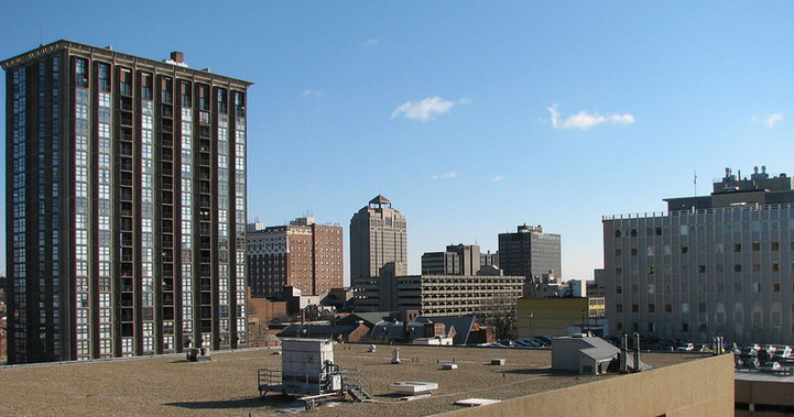1280px-Downtown_New_Haven.jpg