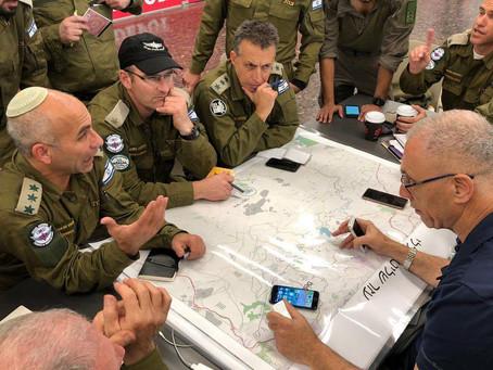 Avião com equipamentos de Israel chega em Belo Horizonte (MG)