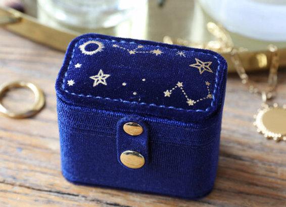 Starry Night Velvet Petite Travel Ring Box in Navy