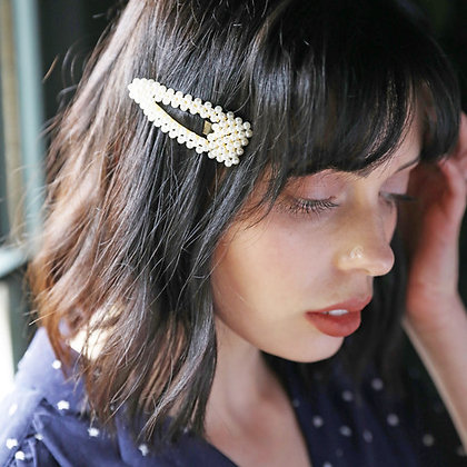 Large Pearl Cluster Hair Clip in Gold