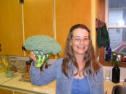 Broccoli1 8-04.JPG