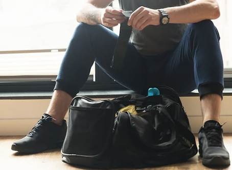 5 Essential Items to Bring to the Gym