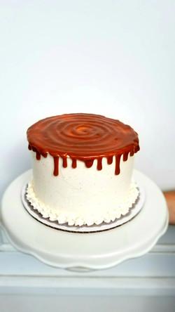 Carmel Apple Cake