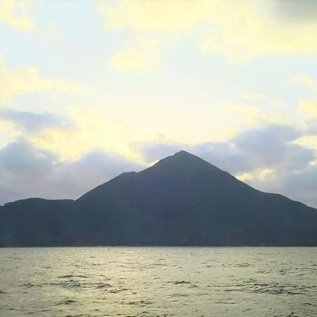 神々の島を訪れて…