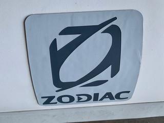stock10091-zodiac-tender-360-03.jpg