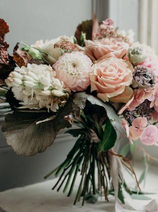 decadent bridal flowers