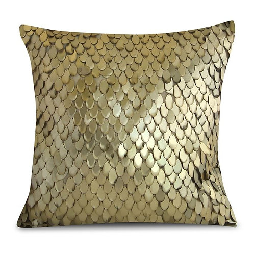 Aviva Stanoff Teardrop in Sandwashed Gold Cushion