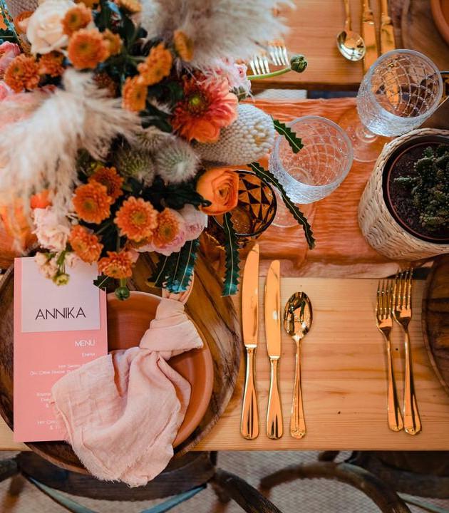 modern prairie wedding table setting