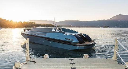 yacht-charter-corfu-luxury-transfer-limo