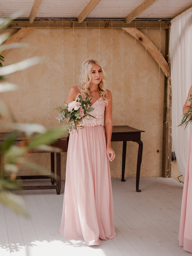 bridesmaid in pink