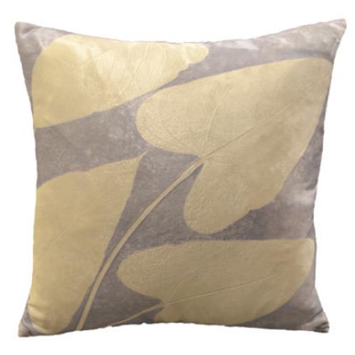 Aviva Stanoff Heart Leaf on Amethyst Cushion