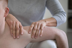 achy shoulder at connect chiro