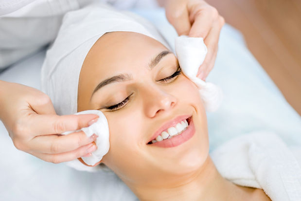 What-Makes-Express-Facial-Different-From