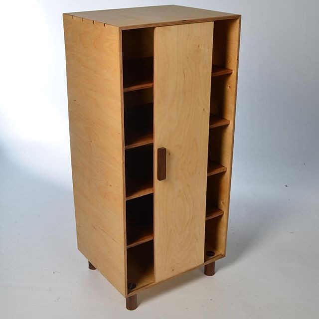 Geta Bako Cabinet