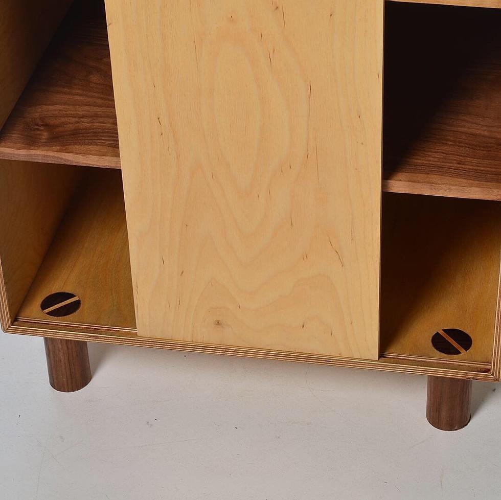 Geta Baco Cabinet - Walnut & Lime feathers