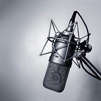 studio-microphone-1972072.jpg